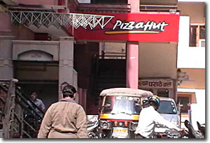 Restaurante de Pizza-Hut en Jaipur