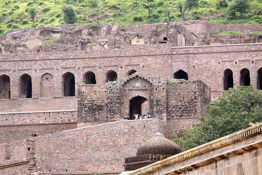 Muros del fuerte Bhangarh