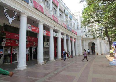 Tiendas Delhi