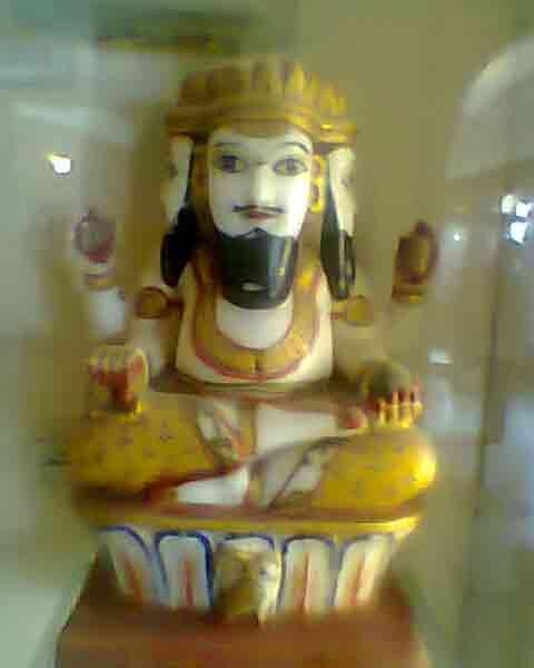 Estatua Brahma en Albert Hall