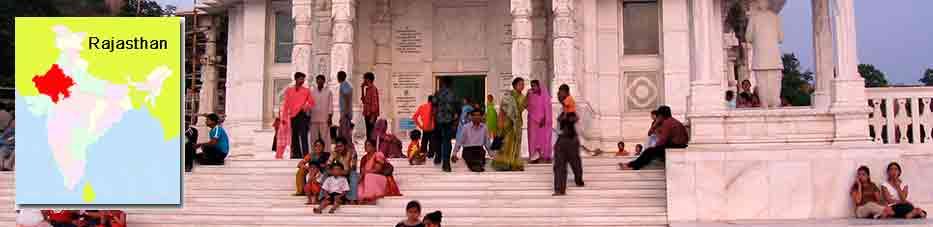 Gente en Birla Mandir Jaipur