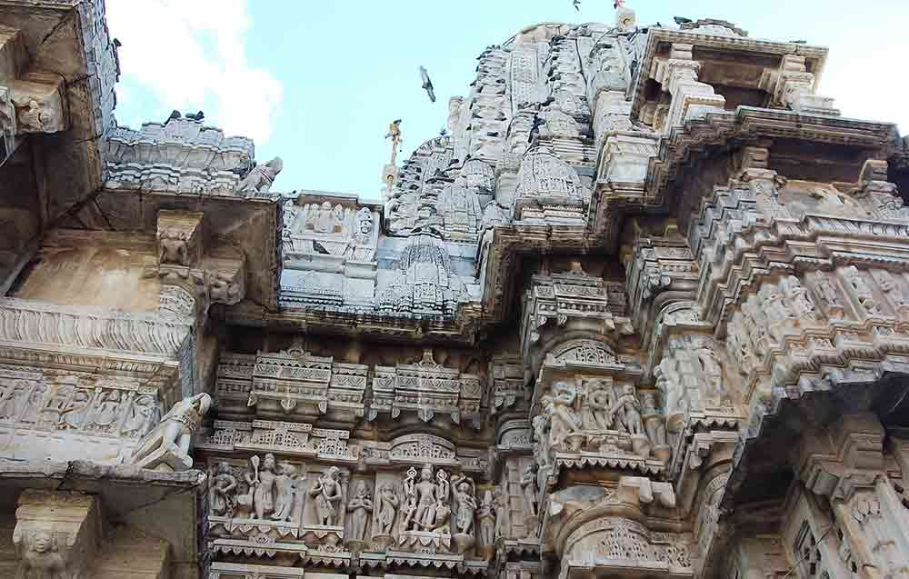 Pared del templo Jagdish