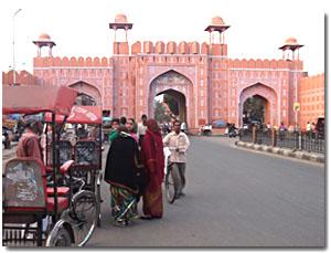 Puerta rosa en Jaipur