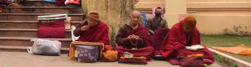 Tres Pitakas o Tripitaka con Viaje por India – Textos Antiguos
