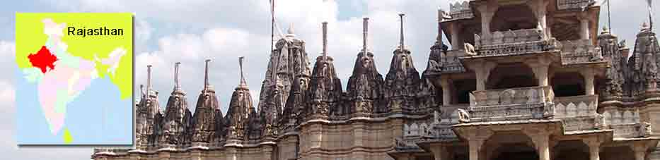 Ranakpur templo jainista cerca de Udaipur – Rajastan
