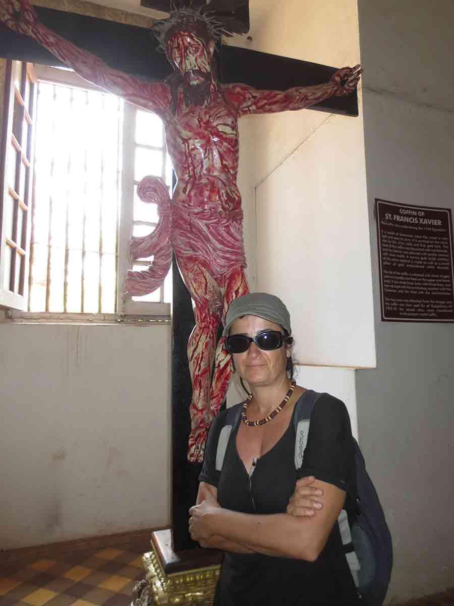 Jesús crucificado Basílica Buen Jesús