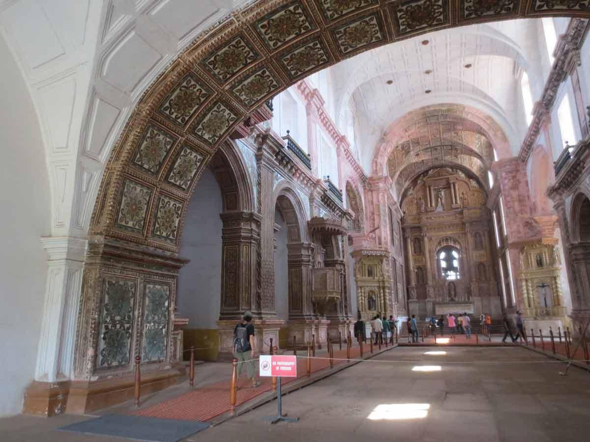 Nave iglesia San Francisco de Asis