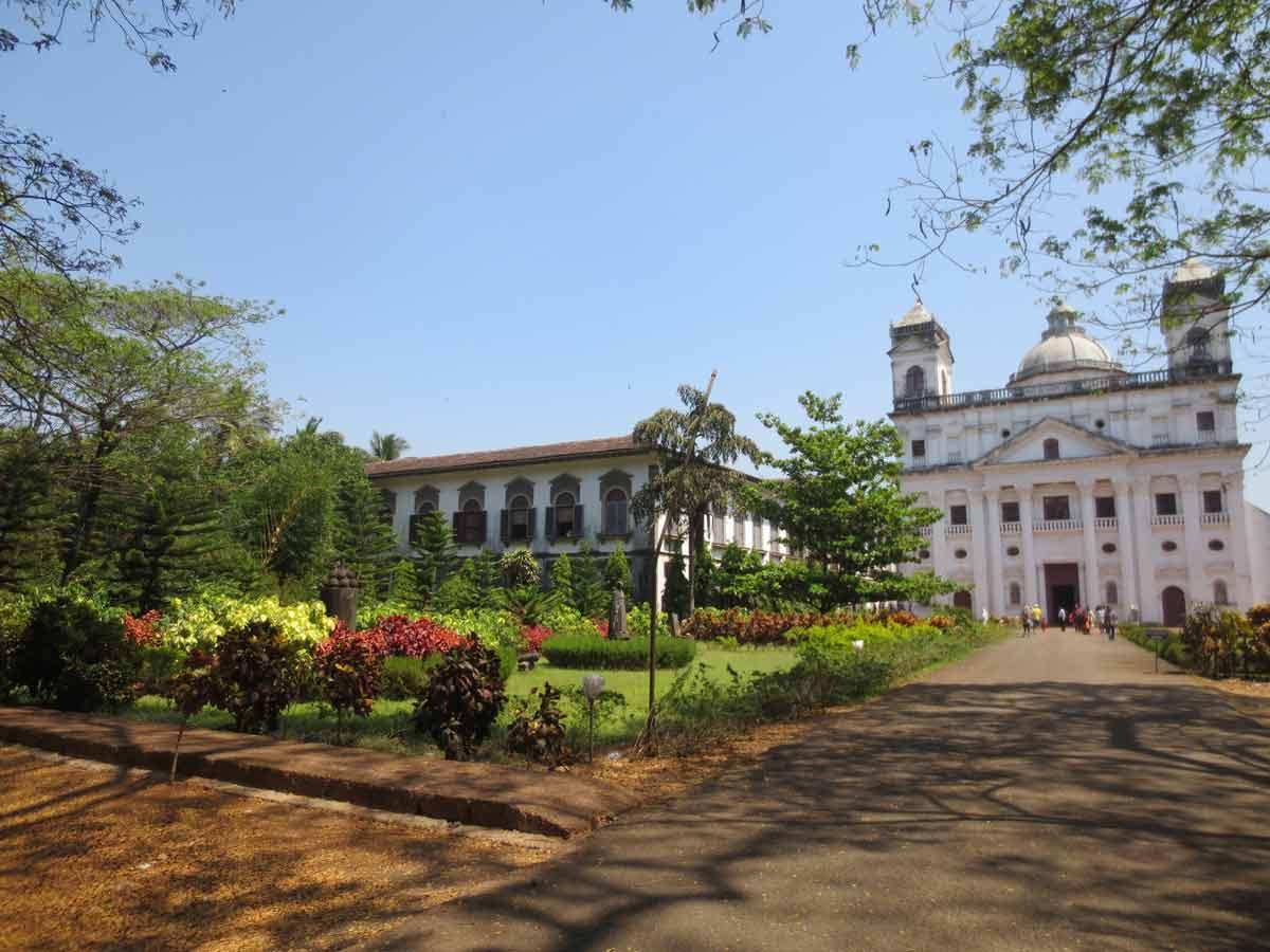 Exterior San Cayetano de Goa